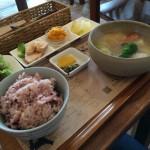 ポトフが食べたくなってスープカフェCACHE CACHE(カシュカシュ)でランチ