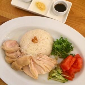 岡山駅西口のかわいい古民家カフェ「グリコアパート」