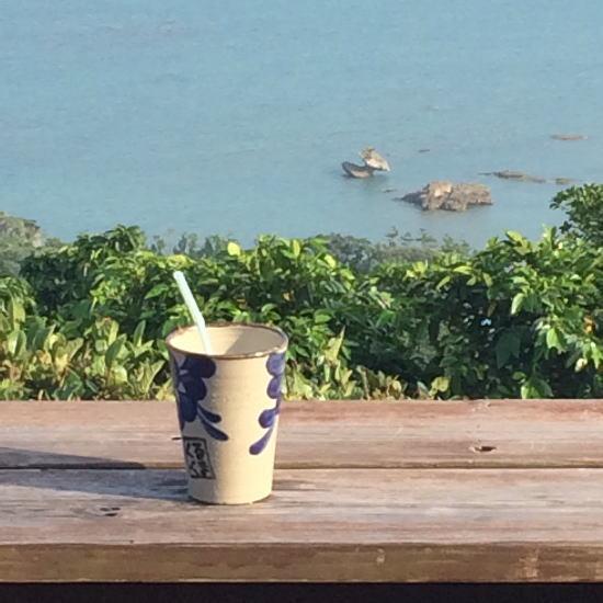 カフェくるくま沖縄の海