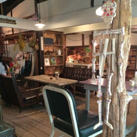 akatuki_treehouse店内