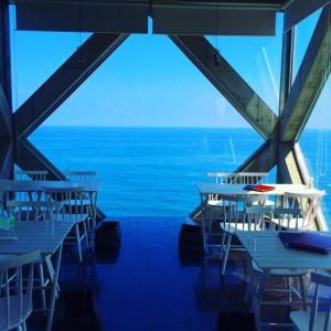 太平洋の海が180度見渡せるカフェ「シーハウス(SEA HOUSE)」
