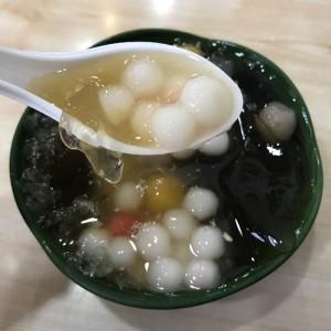 台湾でハマったスイーツ「愛玉」と「仙草ゼリー」の愛玉之夢遊仙草